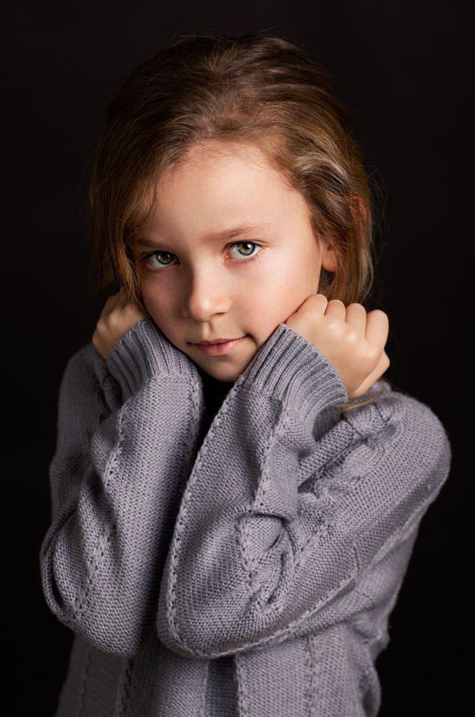 portret poza dievca